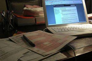 Как сделать бизнес на таможенном оформлении в Интернете?